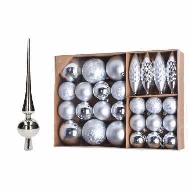 Kerstboomversiering pakket zilveren kunststof kerstballen. kerstornamenten en piek